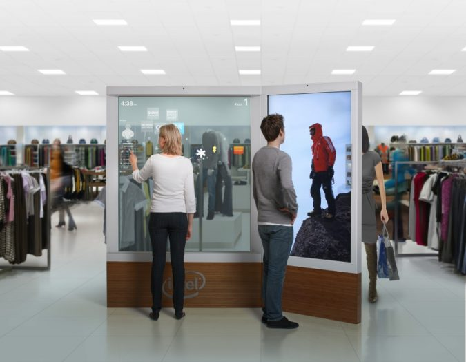 digital-signage-3-675x524 7 Reasons Digital Signage Gets Your Business More Customers