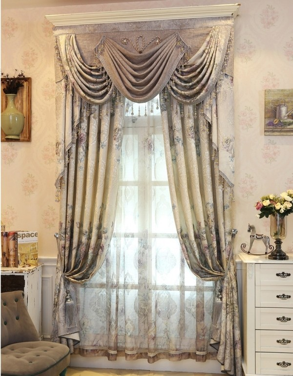 embroidered-blackout-curtains-2 7 Luxurious Blackout Curtain Ideas That Will Turn Your Window into a Piece of Art