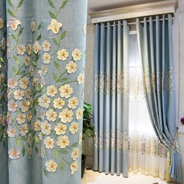 embroidered-blackout-curtains-5 7 Luxurious Blackout Curtain Ideas That Will Turn Your Window into a Piece of Art