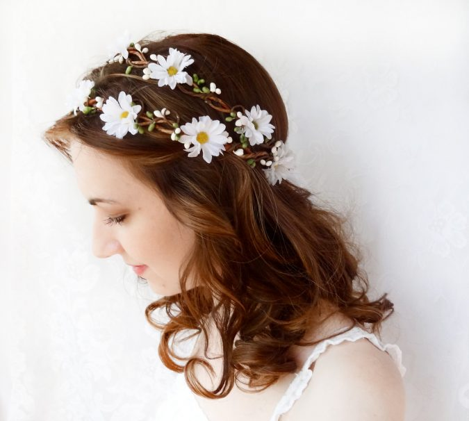 flower-hair-accessories-1-675x606 Top 10 Unusual Hair Products to Use in 2018
