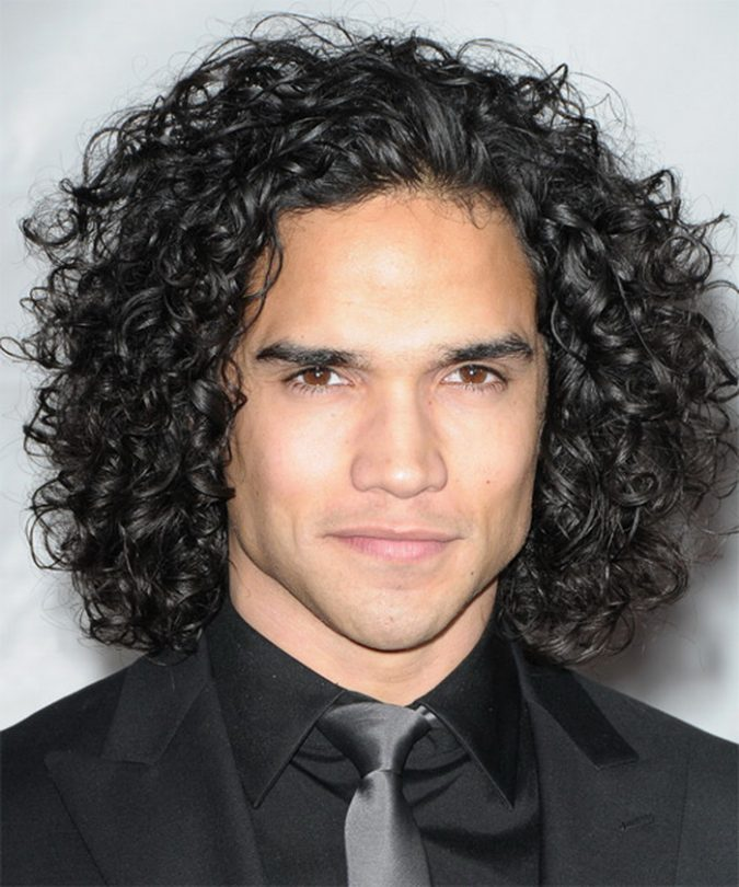 men-hairstyle-casual-brown-curly-hair-2-675x810 7 Crazy Curly Hairstyles for Black Men in 2018