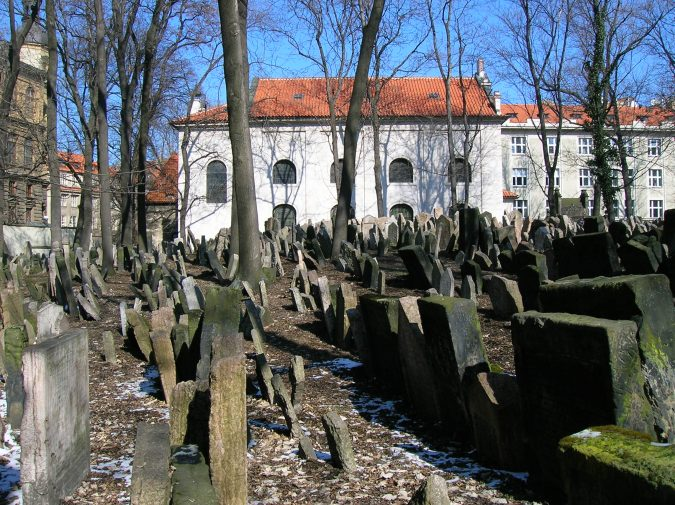 prague-jewish-cemetery-675x505 Top 10 Things to Do in Prague Evenings