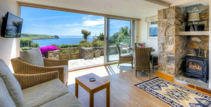 sea-view-cottage-675x345 5 Must-have Moments Every Couple Should Experience