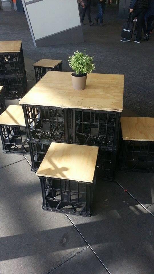 soda-drink-Crates-garden-benches 15 killer Garden Bench Decoration Ideas