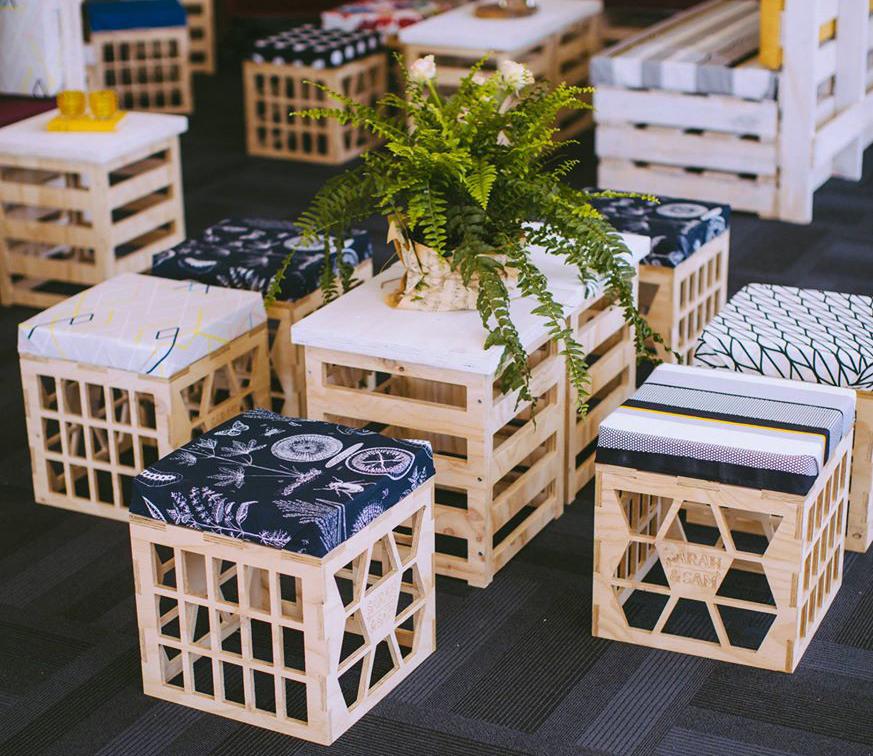 soda-drink-Crates-garden-benches1 15 killer Garden Bench Decoration Ideas