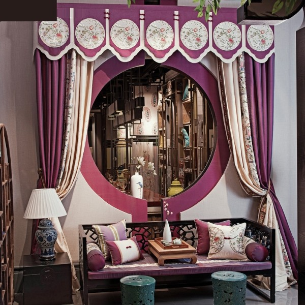 stunning-valances-13 7 Luxurious Blackout Curtain Ideas That Will Turn Your Window into a Piece of Art