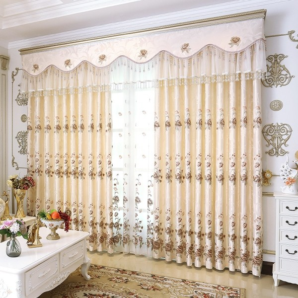 stunning-valances-7 7 Luxurious Blackout Curtain Ideas That Will Turn Your Window into a Piece of Art