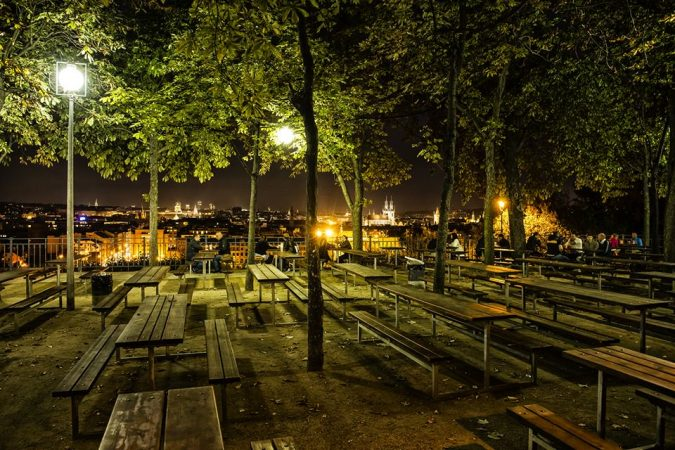 the-Beer-Gardens-Brague-675x450 Top 10 Things to Do in Prague Evenings