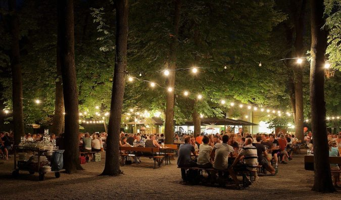 the-Beer-Gardens-at-Night-Brague-675x396 Top 10 Things to Do in Prague Evenings