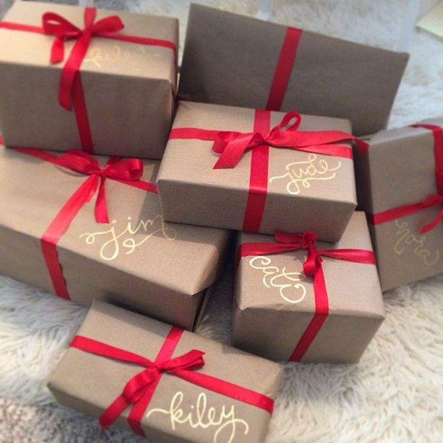 Become-A-Gift-Rapper Top 6 Ways to Make Extra Cash for Christmas