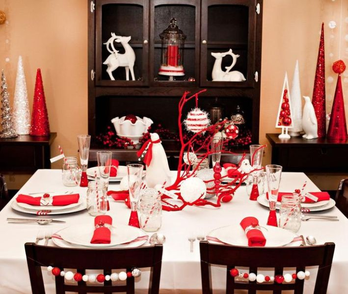 Christmas-decoration-ideas-155 97+ Awesome Christmas Decoration Trends & Ideas 2018