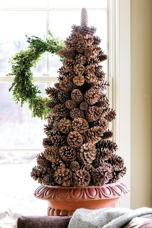 Christmas-decoration-ideas-20 97+ Awesome Christmas Decoration Trends and Ideas 2020