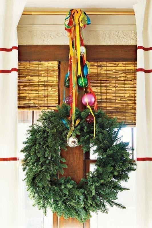 Christmas-decoration-ideas-42 97+ Awesome Christmas Decoration Trends and Ideas 2020