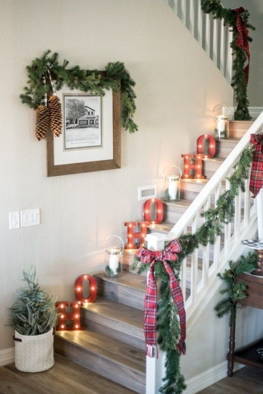 Christmas-decoration-ideas-45 97+ Awesome Christmas Decoration Trends & Ideas 2018
