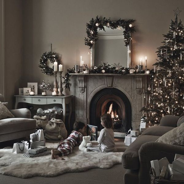 Christmas-decoration-ideas-81 97+ Awesome Christmas Decoration Trends & Ideas 2018