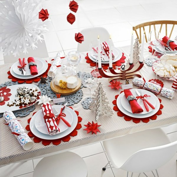 Christmas-decoration-ideas-91 97+ Awesome Christmas Decoration Trends & Ideas 2018