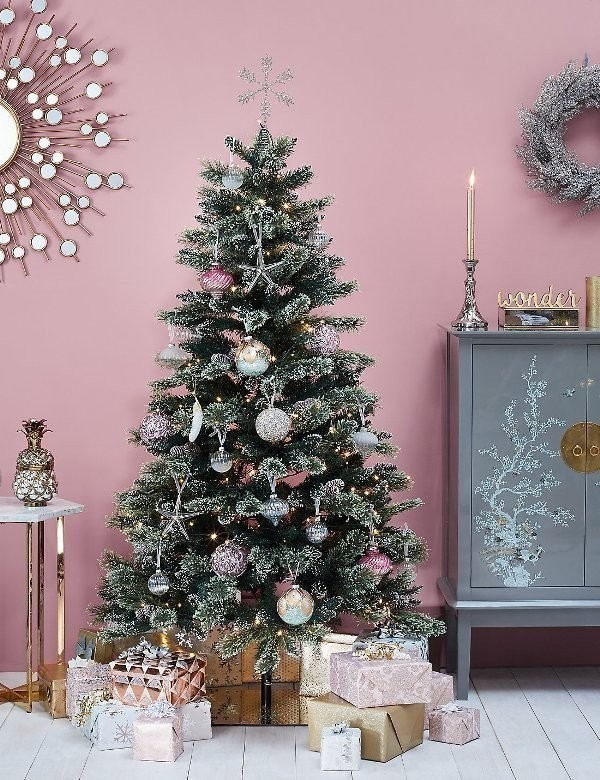 Christmas-tree-decoration-ideas-2018-124 96+ Fabulous Christmas Tree Decoration Ideas 2018