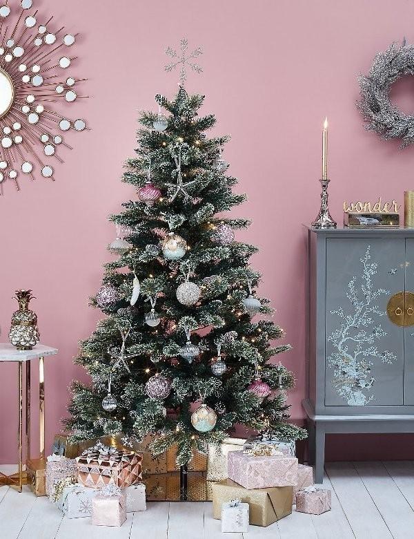 Christmas-tree-decoration-ideas-2018-124 96+ Fabulous Christmas Tree Decoration Ideas 2018