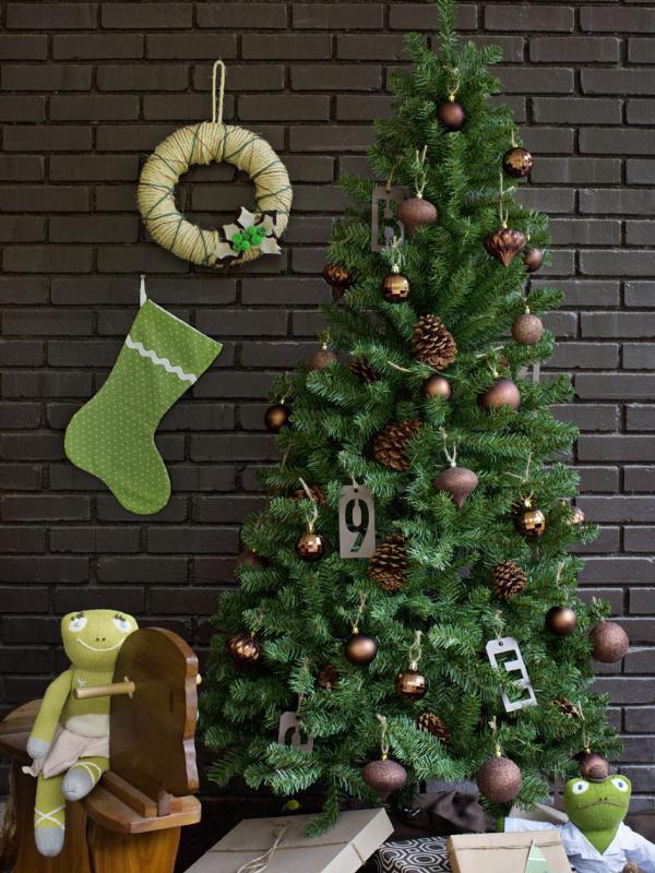 Christmas-tree-decoration-ideas-2018-129 96+ Fabulous Christmas Tree Decoration Ideas 2018
