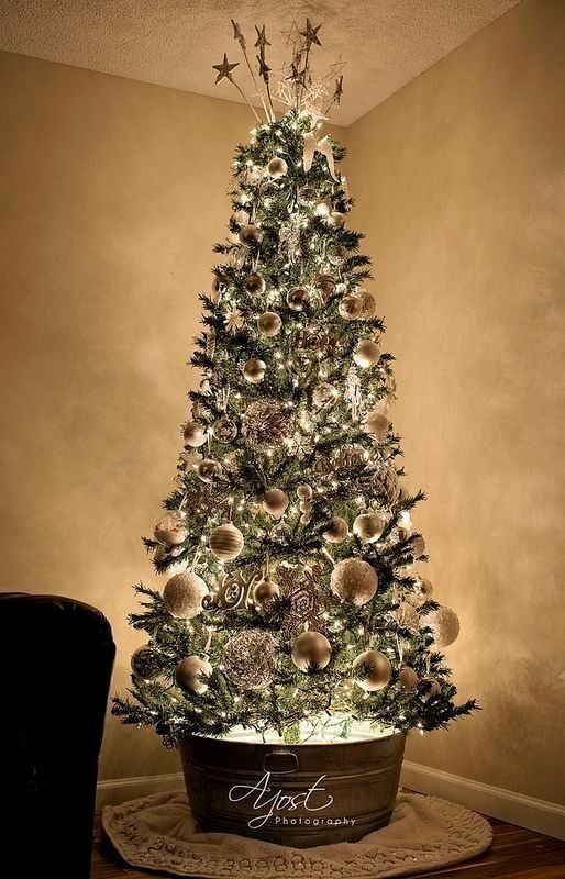Christmas-tree-decoration-ideas-2018-18 96+ Fabulous Christmas Tree Decoration Ideas 2018
