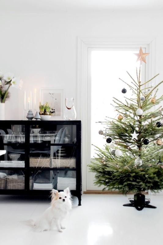 Christmas-tree-decoration-ideas-2018-35 96+ Fabulous Christmas Tree Decoration Ideas 2018