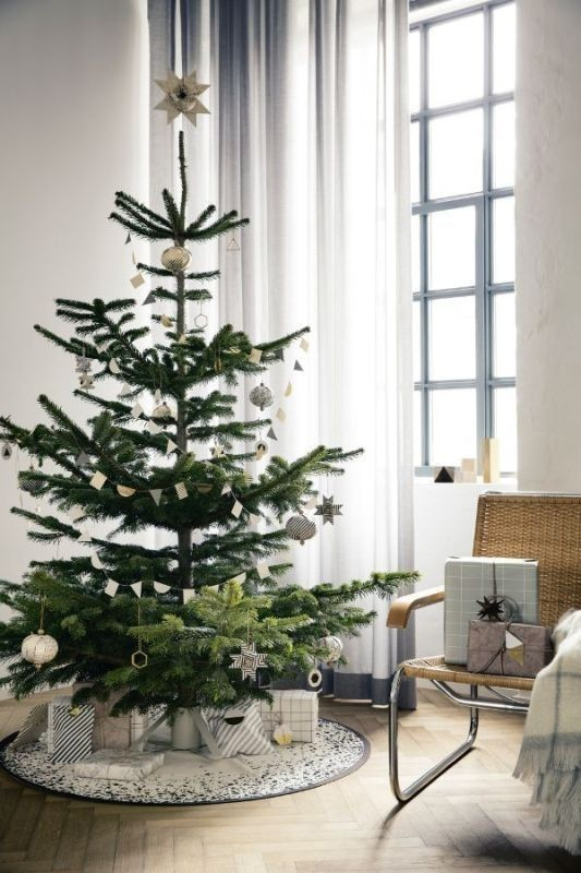Christmas-tree-decoration-ideas-2018-36 96+ Fabulous Christmas Tree Decoration Ideas 2018