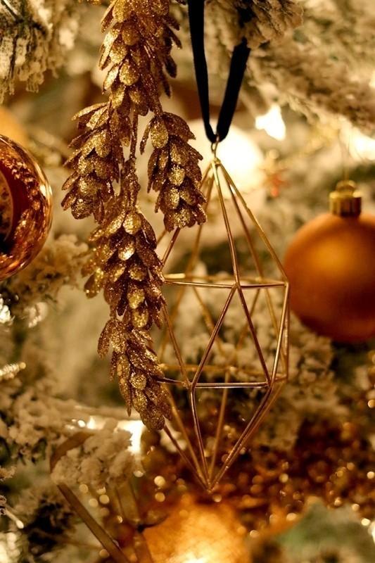 Christmas-tree-decoration-ideas-2018-59 96+ Fabulous Christmas Tree Decoration Ideas 2018
