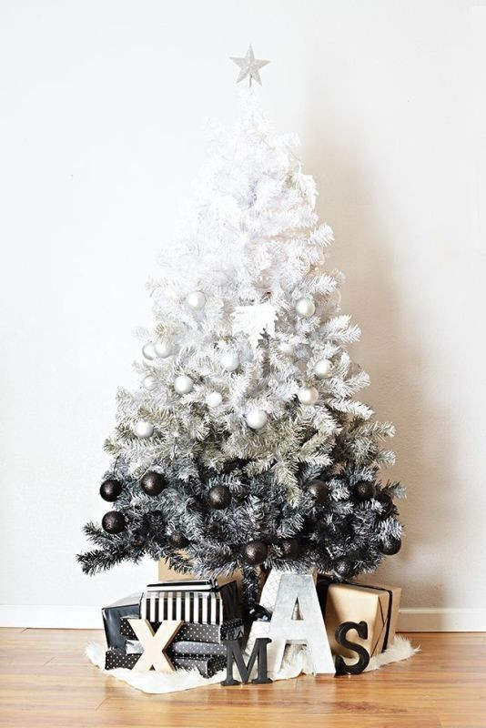 Christmas-tree-decoration-ideas-2018-69 96+ Fabulous Christmas Tree Decoration Ideas 2018