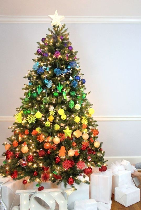 Christmas-tree-decoration-ideas-2018-70 96+ Fabulous Christmas Tree Decoration Ideas 2018