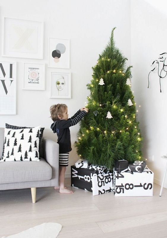 Christmas-tree-decoration-ideas-2018-75 96+ Fabulous Christmas Tree Decoration Ideas 2018