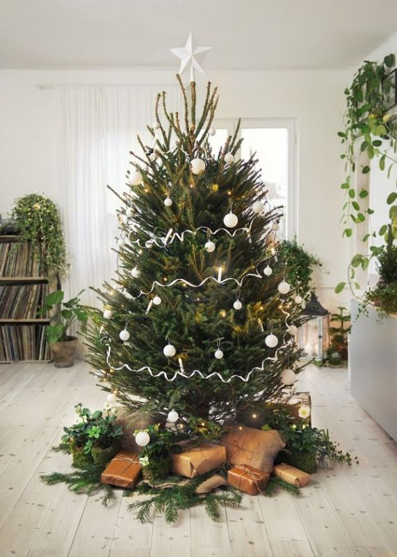 Christmas-tree-decoration-ideas-2018-80 96+ Fabulous Christmas Tree Decoration Ideas 2018