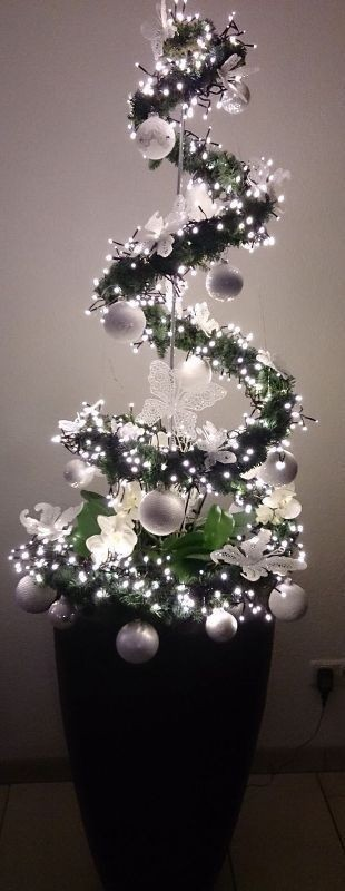 Christmas-tree-decoration-ideas-2018 96+ Fabulous Christmas Tree Decoration Ideas 2018