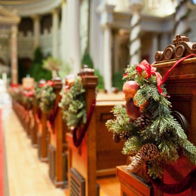 Christmas-winter-wedding-decoration-675x675 8 Festive Tips for a Christmas-Themed Wedding