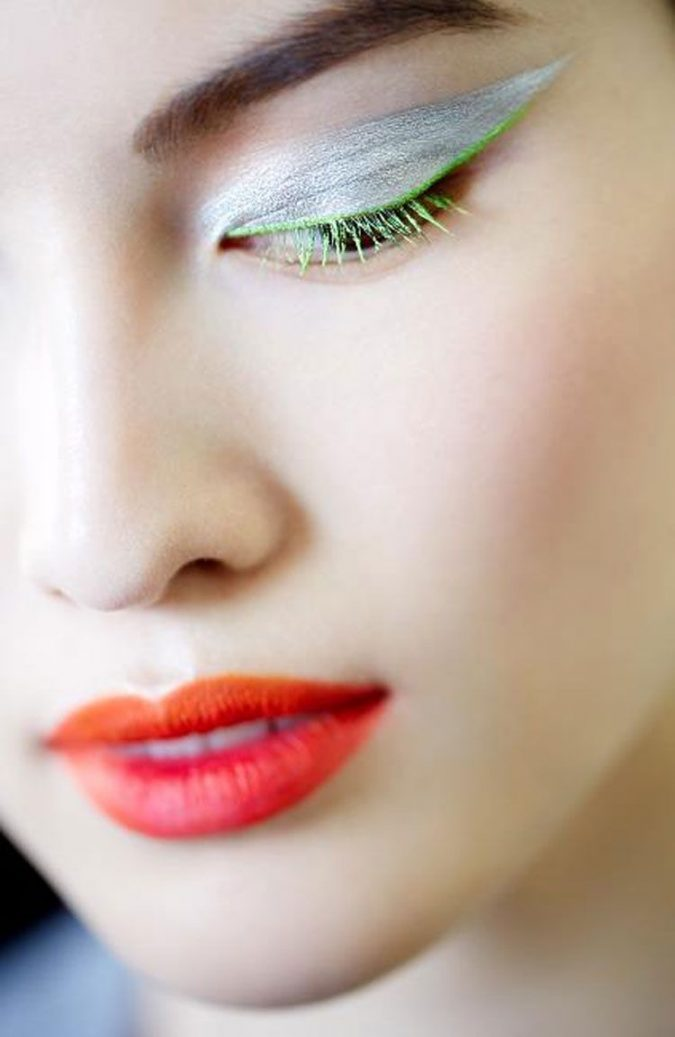 Colored-Eye-Lashes-2-675x1037 Makeup Trends for a Gorgeous Look in 2018