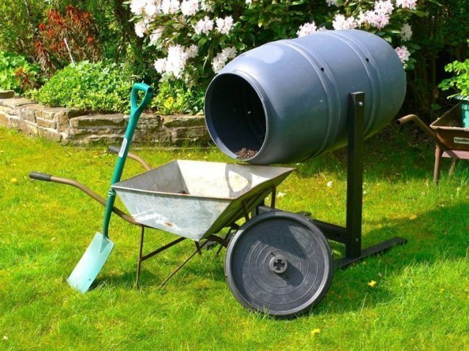 Composter-3-675x506 How to Choose the Right Composter