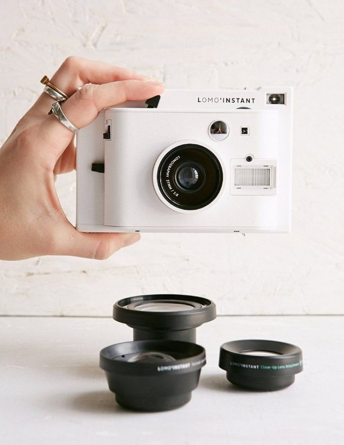 Digital-Camera-instant-camera-urban-outfitters-1-675x872 Top 10 Fabulous Christmas Gifts for Teens in 2018