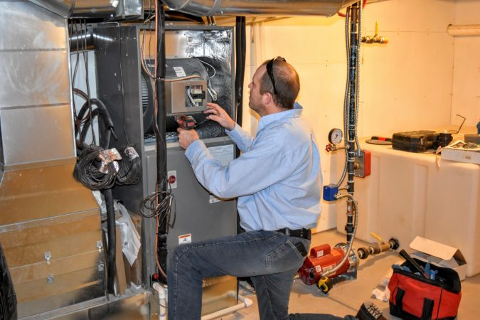 Furnace-Repair-Installation-Longmont-675x450 Top 10 US Areas Need Furnace Repair services