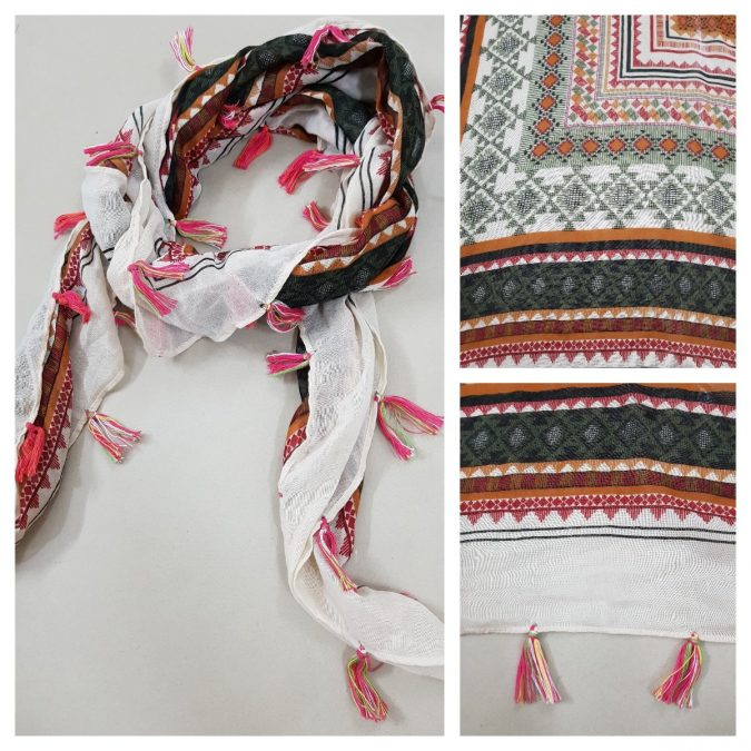 Geometric-printed-scarf-675x675 +25 Catchiest Scarf Trends for Women in 2018