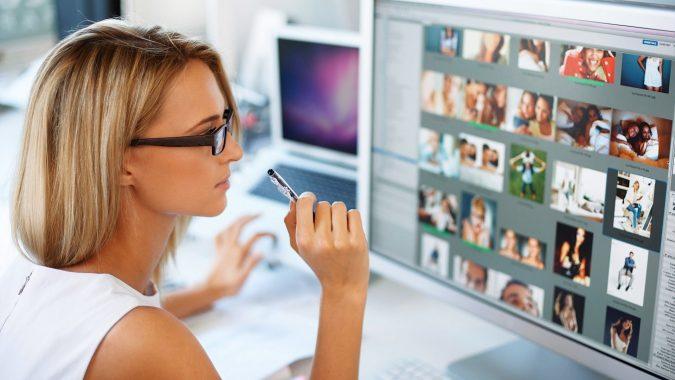 Graphics-Designer-675x380 7 Hidden Benefits of Using a Graphics Designer for Your Website