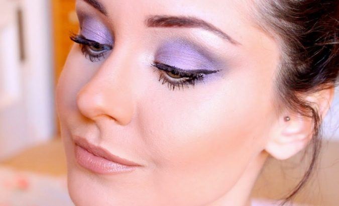 Lilac-Eyes-makeup-675x410 Makeup Trends for a Gorgeous Look in 2018