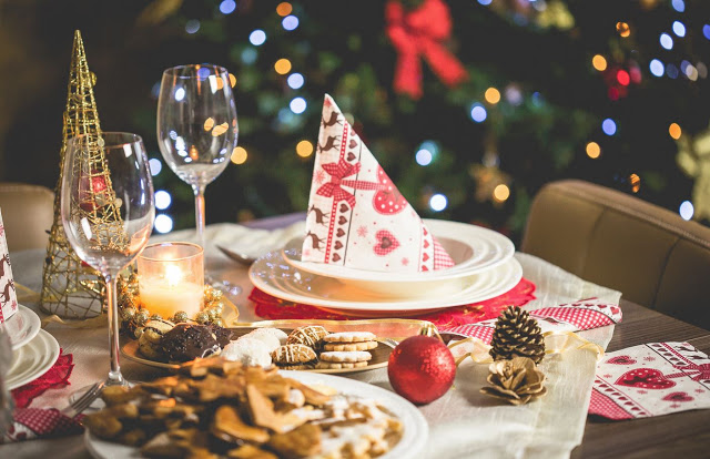 Memorable-Christmas-Work-Party 3 Tips to Help You Avoid Bankruptcy