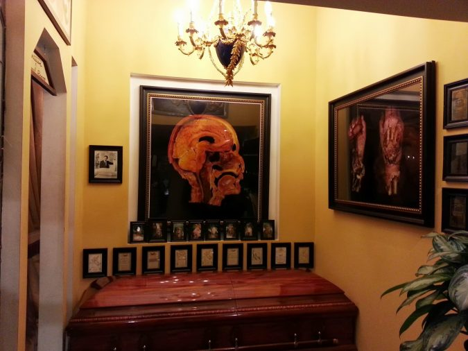 Museum-Of-Death-in-LA-2-675x506 Top 10 Cool & Unusual Things to Do in Los Angeles