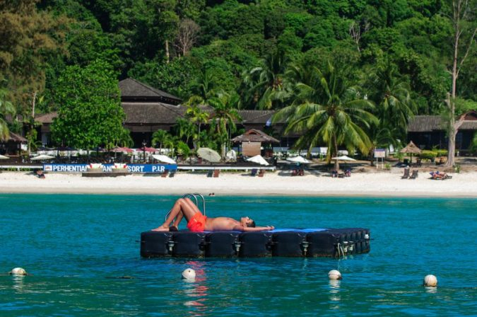 Perhentian-Islands3-675x448 The 12 Most Relaxing and Meditative Holiday Destinations in Asia
