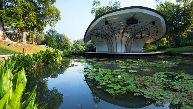 Singapore-Botanic-Gardens-Asian-travel-destinations-675x380 The 12 Most Relaxing and Meditative Holiday Destinations in Asia