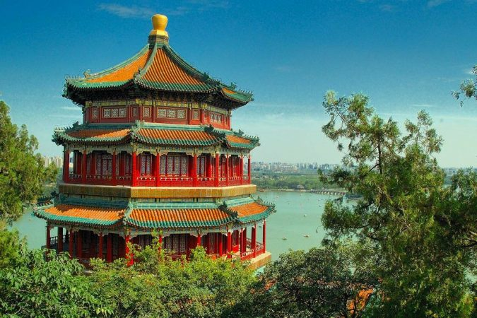 Summer-Palace-China-Asian-travel-destinations-3-675x450 The 12 Most Relaxing and Meditative Holiday Destinations in Asia