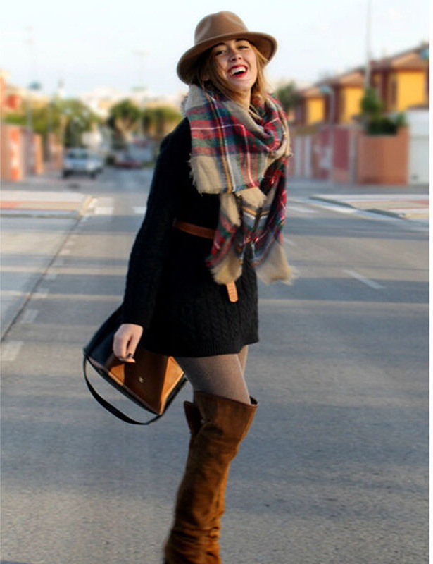 Tartan-Scarf-2 +25 Catchiest Scarf Trends for Women in 2020