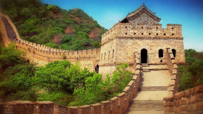 The-Great-Wall-of-China-Asian-travel-destinations-2-675x380 The 12 Most Relaxing and Meditative Holiday Destinations in Asia