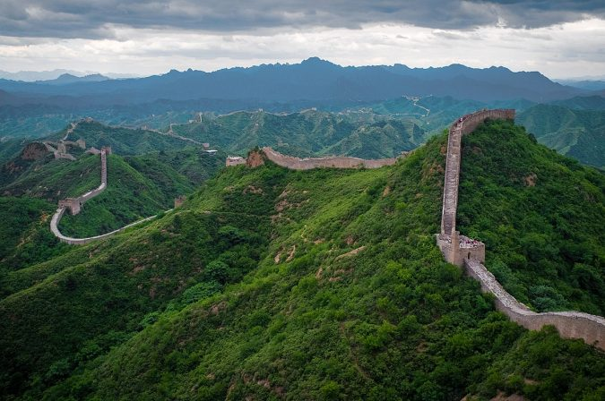 The-Great-Wall-of-China-Asian-travel-destinations-675x448 The 12 Most Relaxing and Meditative Holiday Destinations in Asia