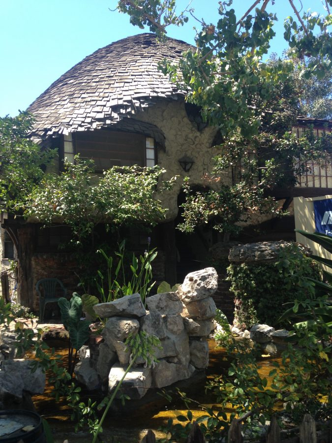 The-Hobbit-House-in-Los-Angeles-2-675x900 Top 10 Cool & Unusual Things to Do in Los Angeles