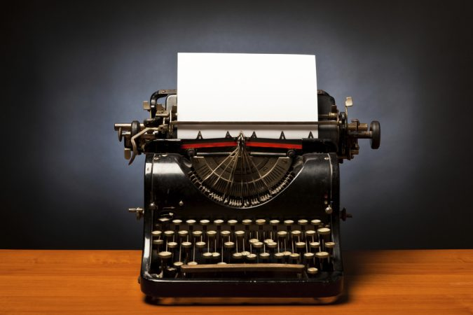 Typewriter-675x450 Top 10 Outdated Technologies Will Be Used Till 2018